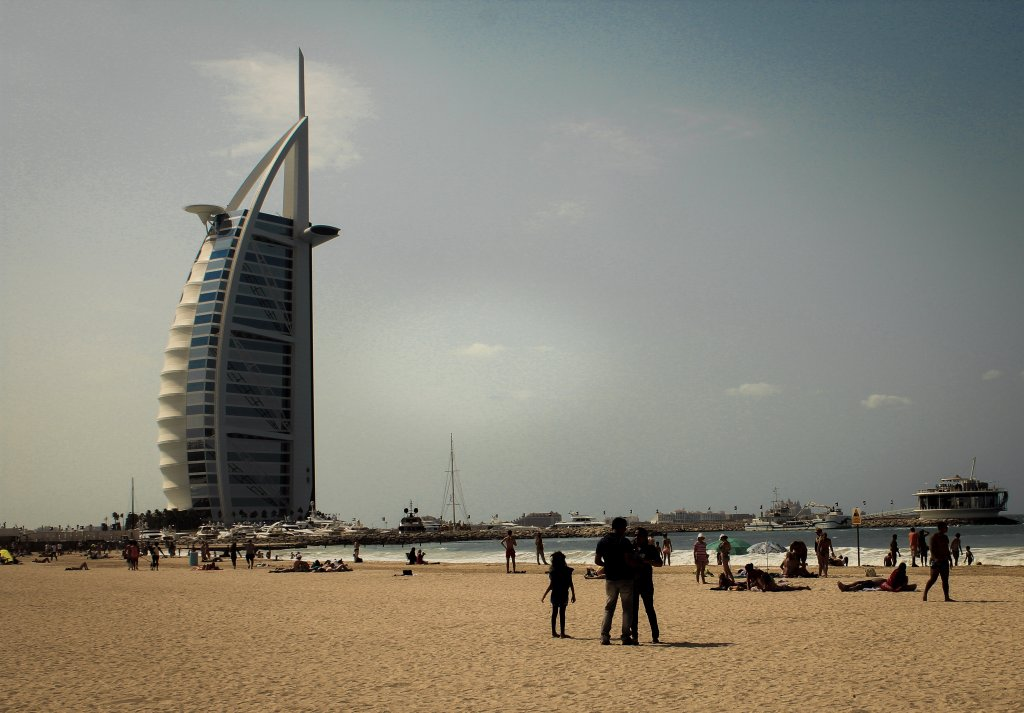 What to Wear in Dubai?  On the Beach.